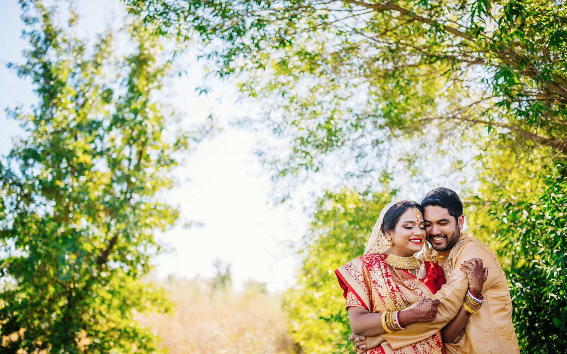 Mohana and Yogesh - A Bengali wedding!